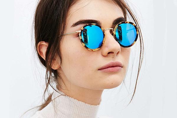 21a3720e486008 Модные солнцезащитные очки 2018: фото, тренды, обзор моделей | | Без ...